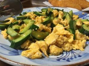 きゅうりと卵の炒め物